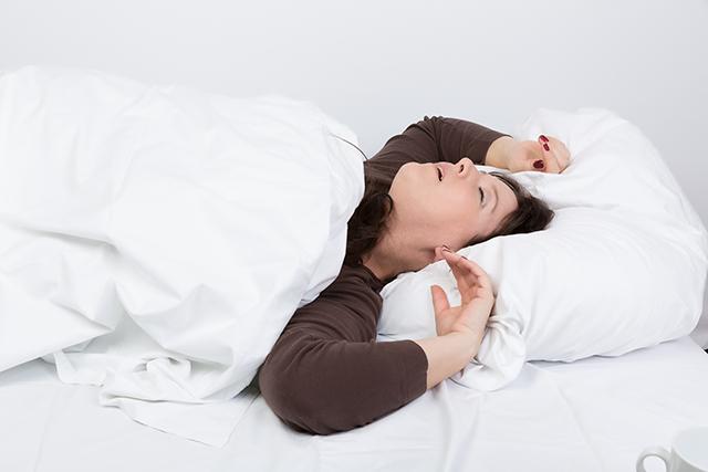 För mycket sömn kan orsaka sämre hörsel